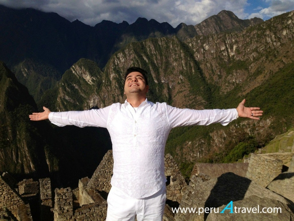Alfonso León Peru A Travel