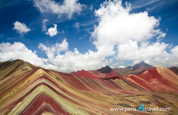Montaña Siete Colores 1 - Peru A Travel.jpg